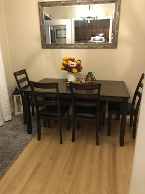 Kitchen table, 4 chairs and bench for Sale in Marysville, WA