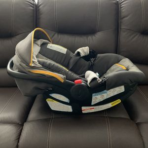 Graco Car Seat/stroller Combo for Sale in Tampa, FL