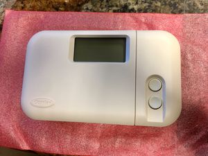 Carrier Thermostat TSTATCCPAC01-B for Sale in Hallandale Beach, FL