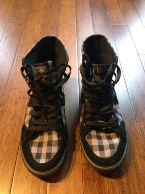 Vans brand new 9.5 fit size 10 women's for Sale in Dallas, TX