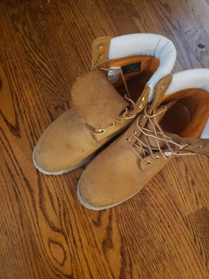 Timberland boots size 9 .5 for Sale in Chicago Ridge, IL
