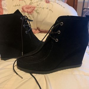 Michael Kors booties for Sale in Chino, CA