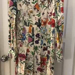 Gucci Dress 👗🎁🎄🎁🎄🎁🎄 for Sale in Los Angeles, CA