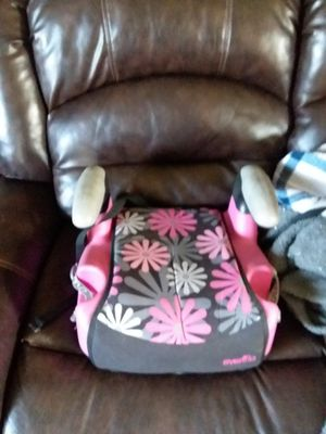 Booster seat for Sale in Barberton, OH