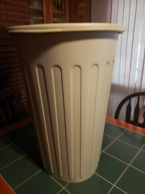 Kitchen Trash Can for Sale in Austell, GA