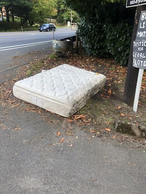Full Size Mattress - WE NEED HAUL, WE WILL PAY YOU for Sale in Portland, OR