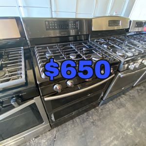 SAMSUNG BLACK STAINLESS 5 BURNER DOUBLE OVEN GAS STOVE for Sale in Santa Ana, CA
