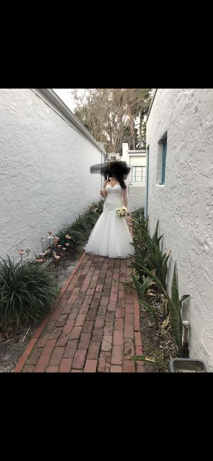 Maggie Sottero Like New wedding dress for Sale in Orlando, FL