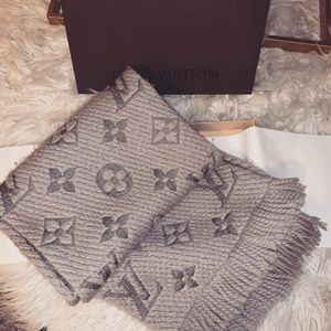 Louis Vuitton Logomania scarf for Sale in Cypress, TX