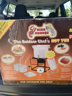 The outdoor chef hot tub for Sale in Fontana, CA