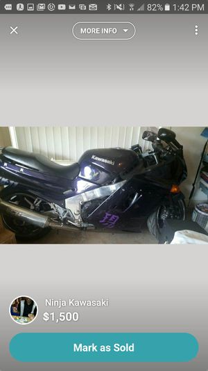 Ninja Kawasaki (Motorcycle 1991 ZX11) for Sale in Douglasville, GA