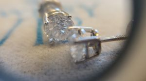 14k double stud earrings for Sale in Henderson, NV