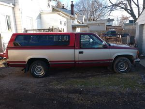1992 Chevy Silverado two wheel drive 5.7sale or trade for Sale in Columbus, OH
