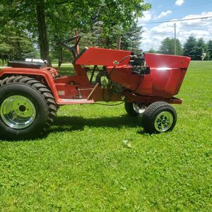 Cub Cadet Pulling Tractor for Sale in Mantua, OH