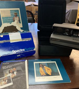 Polaroid Spectre System Camera with Case. for Sale in Las Vegas, NV