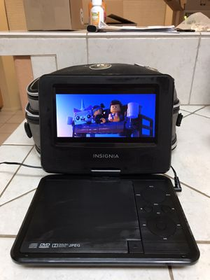 Insignia portable DVD player bundle for Sale in Tucson, AZ