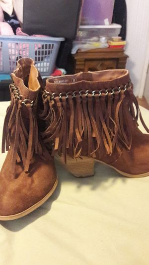 Lady's boots sz 9 for Sale in Spring Hill, FL