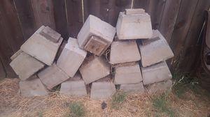 Cement pillars for Sale in Modesto, CA