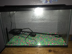 10 gallon tank fish tank/ reptile tank. for Sale in Phoenix, AZ