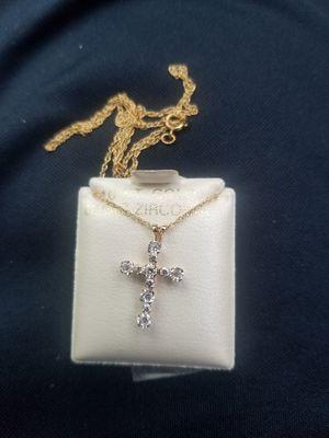 10 karat Gold Chain with Cross. $55 for Sale in Oakdale, CA