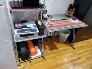 Free Desk for Sale in Queens, NY