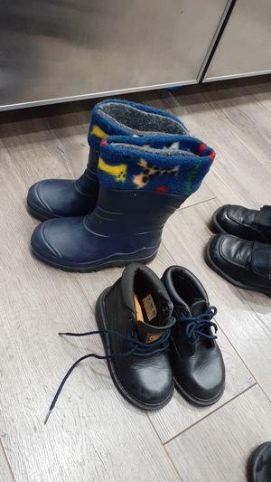 Size 9 boys rain boots $6 for Sale in Inman, SC
