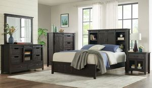 4-piece Farmhouse Style Bedroom set for Sale in Vacaville, CA