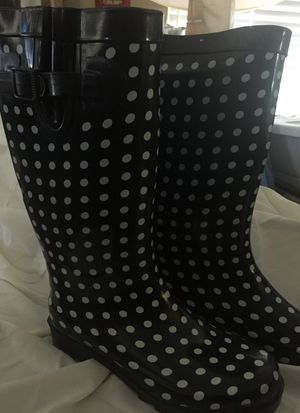 Capellini women's rain / mud boots for Sale in Yucca Valley, CA