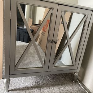 Moving Out Sale In El Cajon, Brand New Barely Used Mirrored Nightstand for Sale in El Cajon, CA