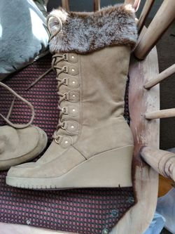 Womens wedge heeled boots for Sale in Peoria,  IL