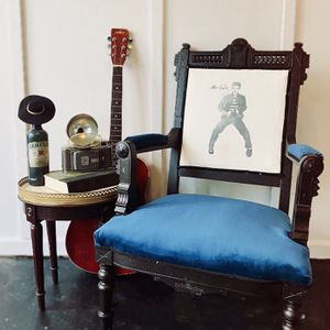 Vintage Elvis themed Parlor Chair for Sale in Hendersonville, TN