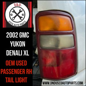 2002 GMC Yukon Denali XL- RH Tail Light for Sale in Humble, TX