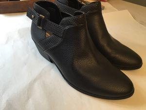 Size 9 women's new Ankle boots for Sale in Darrington, WA