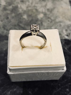 14k white gold 1/4 karat diamond ring size 6-7 2.6 grams for Sale in Meriden, CT