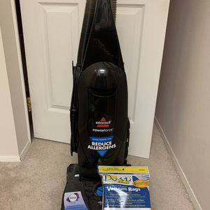 Vacuum with FREE 9 Vacuum Bags for Sale in Bellevue, WA