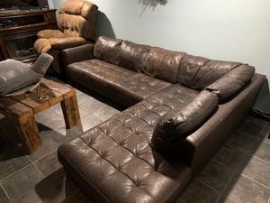 Brown Leather Sectional Couch for Sale in Queens, NY
