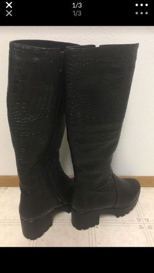 Women's Leather with Fur Boots Size 8 for Sale in University Place, WA