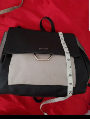 Kenneth Cole backpack purse for Sale in Orlando, FL