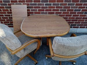 Kitchen Table and 4 Chairs for Sale in Nashville, TN