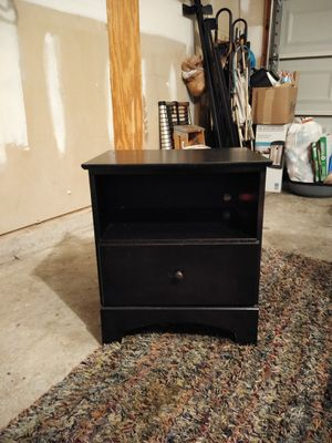 Night stand for Sale in Smyrna, TN