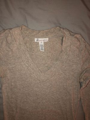 beige v-neck long sleeve for Sale in Tracy, CA