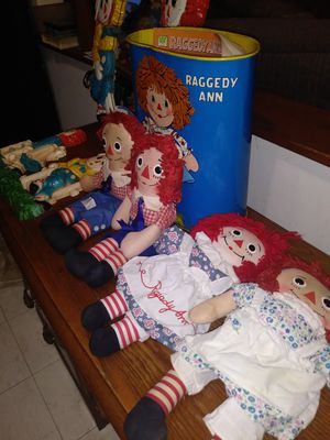 Raggedy Anne & Andy bundle for Sale in Chicago Ridge, IL