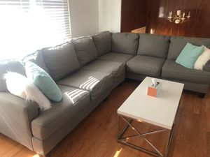 Grey sectional for Sale in Staten Island, NY