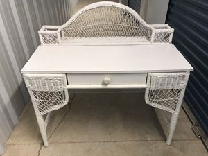 Wicker desk for Sale in Gulf Breeze, FL