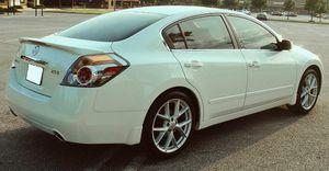 Cloth seats 2007 Nissan Altima Rear camera for Sale in Jacksonville, FL