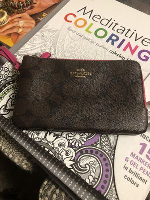 Coach wristlet excellent condition for Sale in Hanover, MD