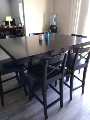 6 person dining room bar table for Sale in Orting, WA