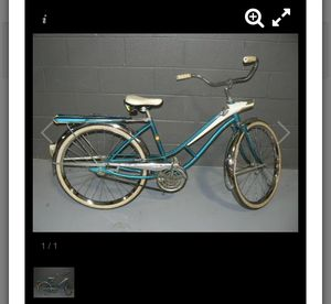 "VINTAGE SEARS ""SPACELINER"" GIRL'S BICYCLE for Sale in Belleville, IL"