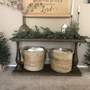 Entry Table / Console Table for Sale in Vancouver, WA