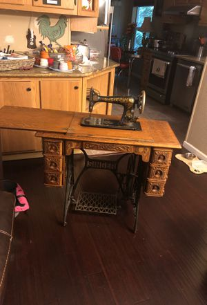 Antique singer sewing machine for Sale in Arlington, WA